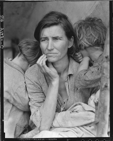 <em>'Migrant Mother' Florence Owens Thompson.</em><BR>Library of Congress, Prints & Photographs Division, <BR>FSA/OWI Collection, LC-DIG-fsa-8b29516