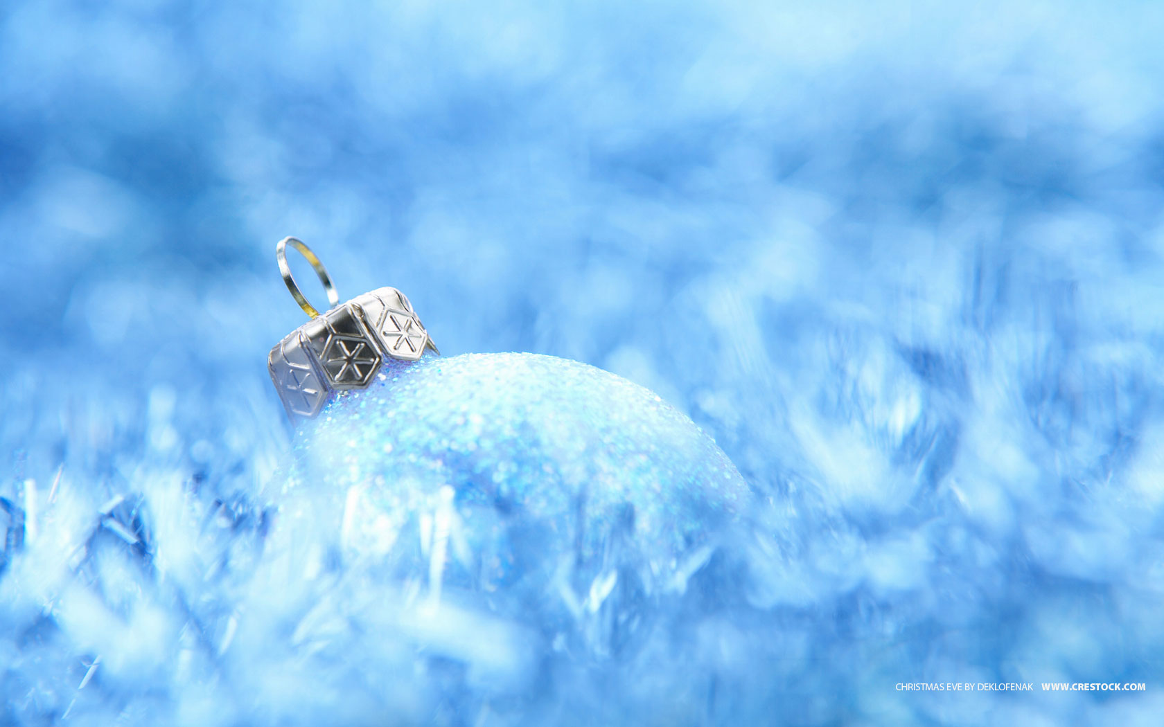 16 Stunning High Resolution Christmas Wallpapers | Crestock.com Blog